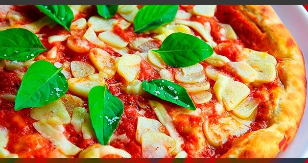 Pizza verduras queso cabra barbacoa Weber